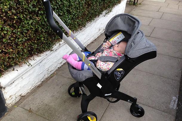 小孩交通出行神器:嬰兒背帶和嬰兒推車具體應用感受