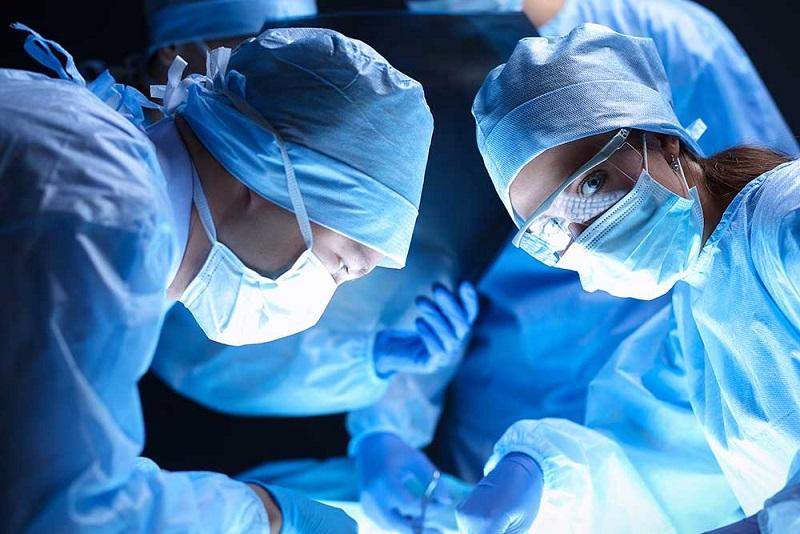 左撇子醫師怎樣做心導管手術治療